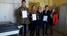 Uczniowie z Przodkowa laureatami Wojewódzkiego Konkursu Wiedzy o Prawach Konsumenta