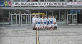 Dziewczęta z UKS Bat Kartuzy ósme na Mistrzostwach Polski w koszykówce