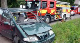 Czaple. VW Sharan uderzył w przepust i dachował - nie żyje 39-letni mężczyzna
