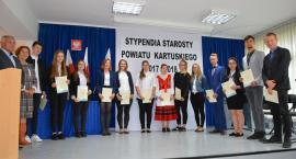 Nagrody Starosty Kartuskiego w rękach najzdolniejszych