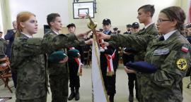 Ślubowanie klas mundurowych żukowskiego Zespołu Szkół Zawodowych i Ogólnokształcących