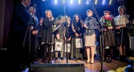 Wyjątkowy koncert na pożegnanie Zofii Watrak z Galerią Refektarz