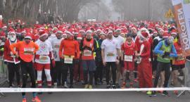 Santa Run w Kartuzach - setki mikołajów wystartowały w największym świątecznym biegu na Pomorzu
