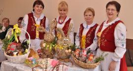 Świąteczne inspiracje na pokazie stołu wielkanocnego w Sierakowicach
