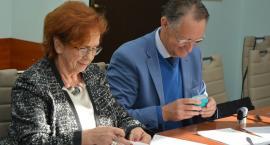 Umowa na budowę drogi powiatowej w Sulminie podpisana