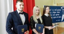 Żukowo. Pożegnano absolwentów żukowskiego ZSZiO
