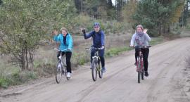 Przyjaźń. Na rowerach uczcili 100-lecie odzyskania przez Polskę niepodległości