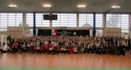 Kiełpino. Szkoła Podstawowa uczciła 100 rocznicę odzyskania niepodległości