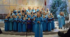 Sierakowice. Przepiękny koncert kolęd w wykonaniu Stokrotek