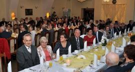Emeryci i renciści świętowali na kolejnym Balu Seniora w Kartuzach