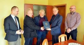 Żukowo. Umowa na asfaltowanie drogi w Widlinie podpisana
