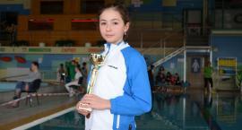 Trzecie miejsce Wiktorii Wilczewskiej w finale pomorskiej ligi pływackiej