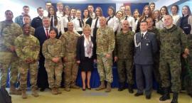 Amerykańscy żołnierze odwiedzili II LO w Kartuzach