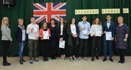 Uczniowie z Kartuz laureatami konkursu Speakers