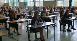 Maturzyści rozpoczęli egzaminy dojrzałości