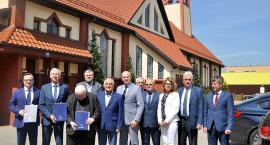 Podpisano umowę na dofinansowanie budowy kartuskiego hospicjum Caritas