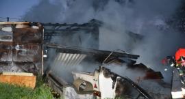 Tragiczny pożar w Leźnie - nie żyje jedna osoba