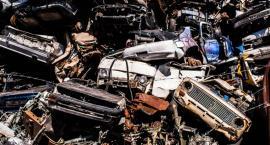 Dzięki dronom zlikwidowano nielegalne miejsce demontażu pojazdów