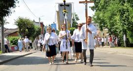 Setki wiernych na procesji Bożego Ciała w Kartuzach