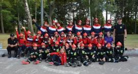 Uczą się pożarnictwa i dyscypliny - młodzież z gminy Sulęczyno na obozie strażackim