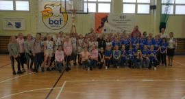 Koszykarki UKS BAT Kartuzy bezkonkurencyjne w Turnieju im. Aliny Labudy