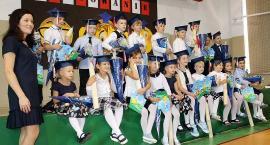Borkowo. Dzieci klas pierwszych uroczyście pasowane na uczniów