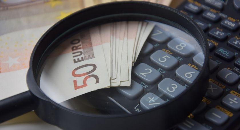Biznes i finanse, Najszybszy sposób pożyczenie pieniędzy - zdjęcie, fotografia