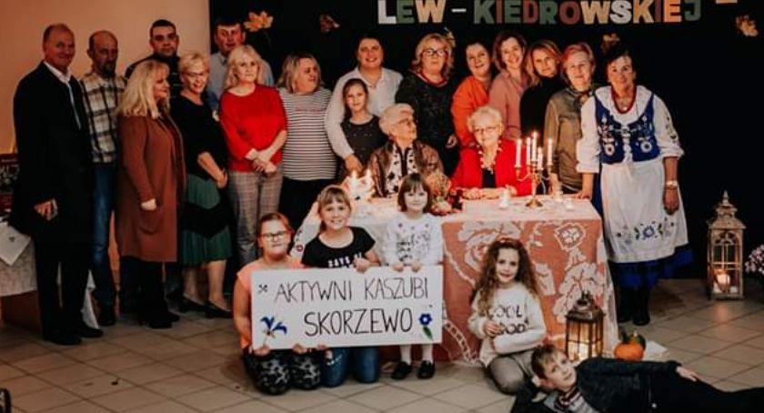 Kaszubszczyzna, Skorzewo Wieczór autorski poezji kaszubskiej Wandy Kiedrowskiej - zdjęcie, fotografia
