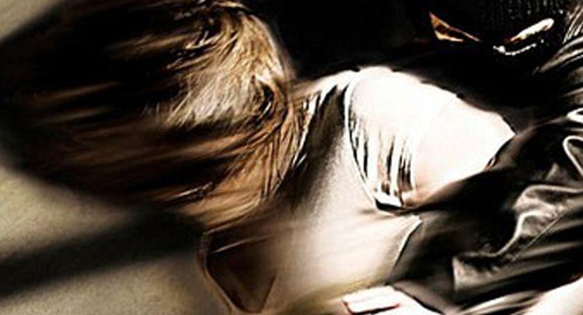 Prokuratura, latek miał molestować latkę Oboje wychowankami Dziecka - zdjęcie, fotografia