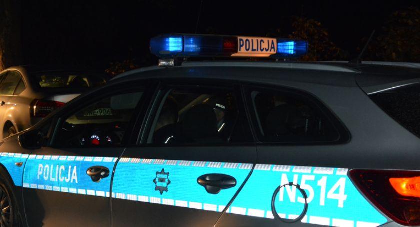 Kronika policyjna, Wielkim Klinczu latek wpadł samochód Lubieszynie latek stracił prawo jazdy - zdjęcie, fotografia