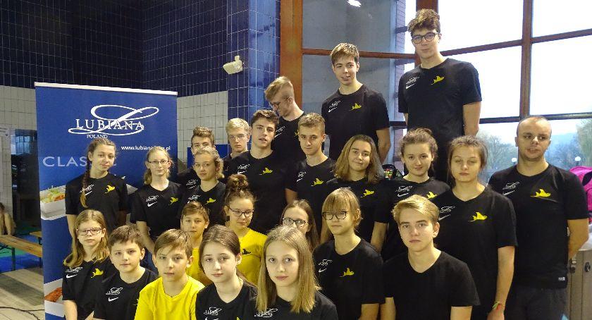 Pływanie, Historyczny sukces Manta Kościerzyna - zdjęcie, fotografia