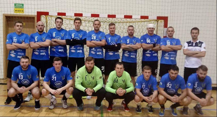 Piłka ręczna, Piłkarskie derby Kaszub Sokół Porcelana Lubiana Kościerzyna Żukowo - zdjęcie, fotografia