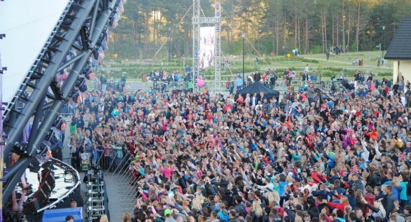 Zapowiedzi, Wybory Przebojowa Majówka disco Dzień Energii zaplanuj weekend - zdjęcie, fotografia