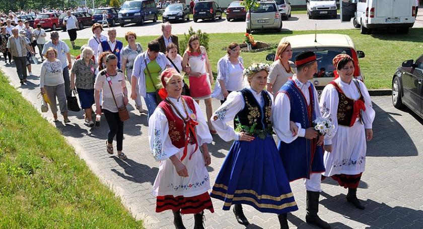 Kaszubszczyzna, Wojewódzki Jarmark Folklorystyczny biesiadą Weselem Kaszubskim - zdjęcie, fotografia