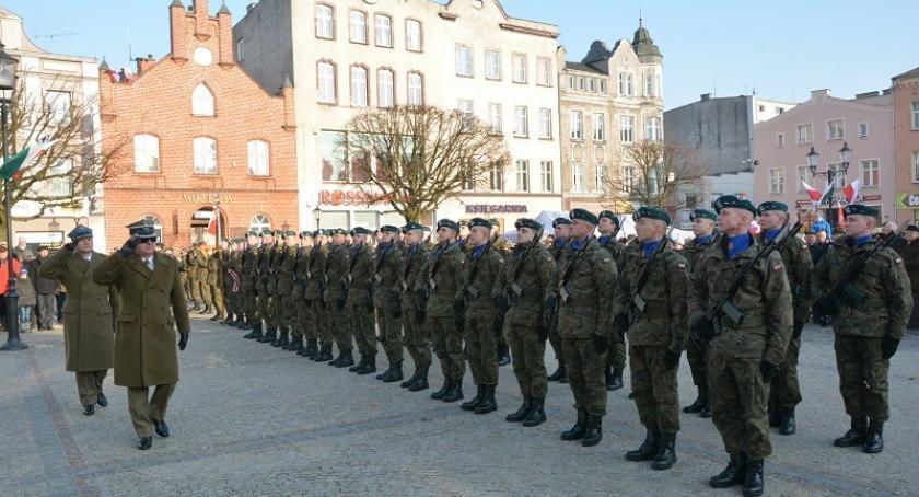 Uroczystości patriotyczne, Uczcili rocznicę Wkroczenia Wojsk Polskich Kościerzyny - zdjęcie, fotografia