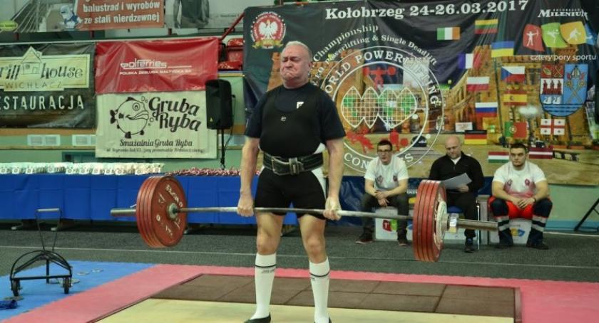Ciężary, Złoto Mariana Knutha Międzynarodowych Mistrzostwach Polski - zdjęcie, fotografia
