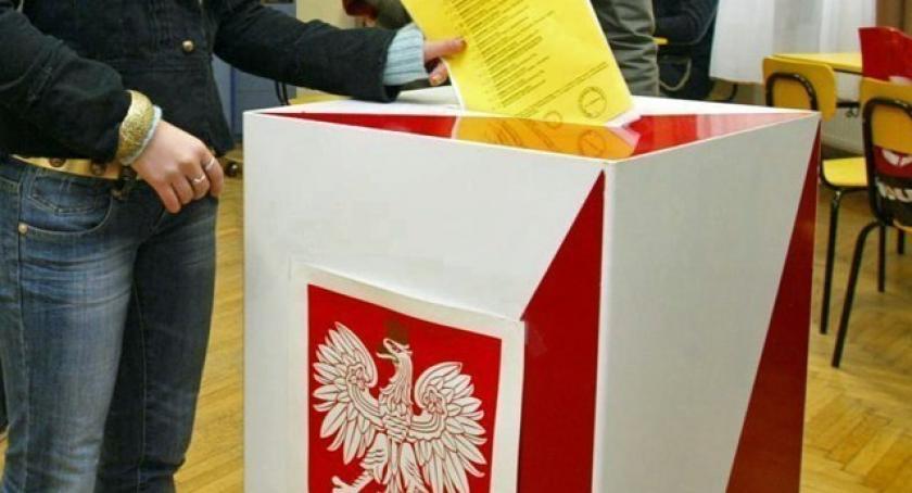 Wybory, wyborcza dogrywka Kościerzynie Liniewie Frekwencja - zdjęcie, fotografia