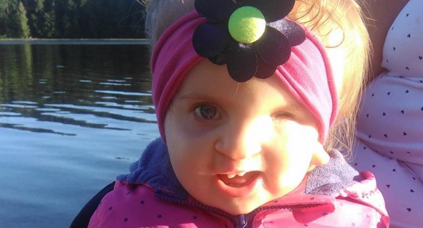 Akcje społeczne i charytatywne, Dwuletnia Julka potrzebuje pomocy Pomóż małej wojowniczce walce zdrowie - zdjęcie, fotografia
