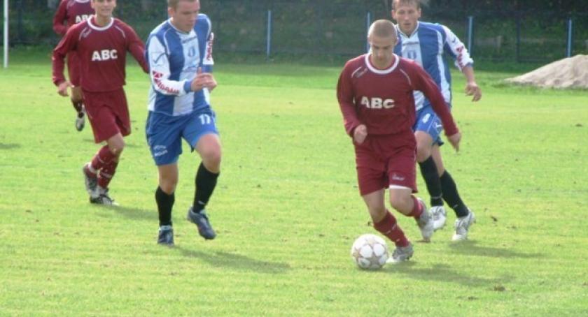 Piłka nożna, Blamaż Kaszubii meczu Barlinkiem - zdjęcie, fotografia