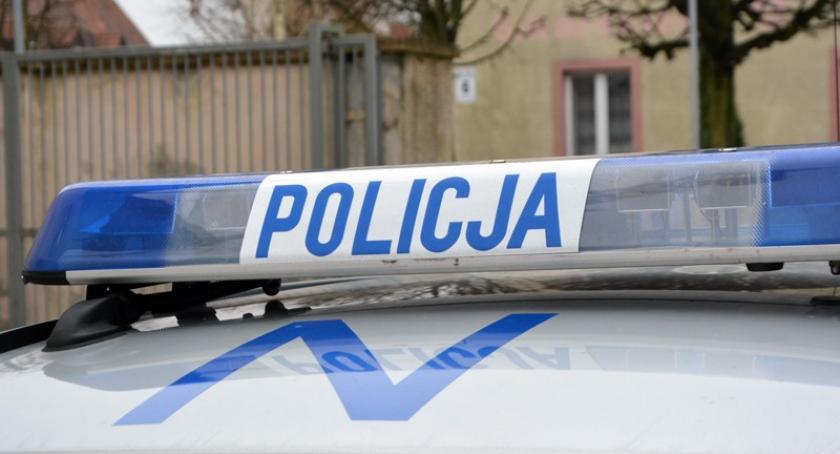 Wypadki, Kościerzyna Potrącenie Strzeleckiej policjanci ustalili kierującą samochodem - zdjęcie, fotografia