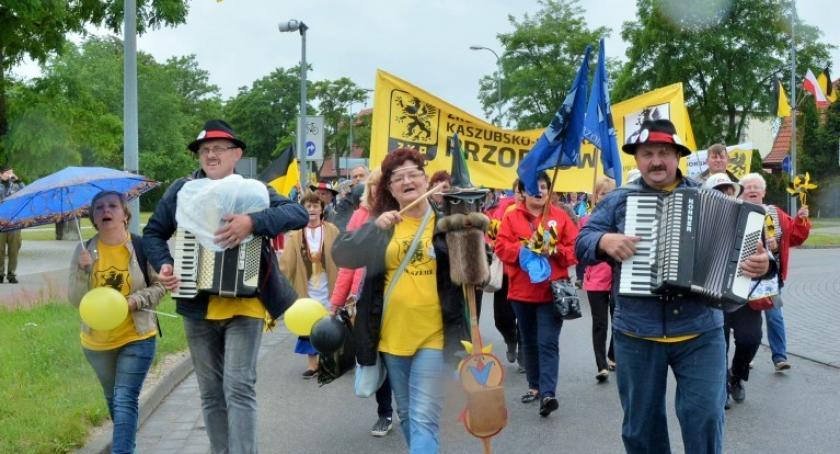 Kaszubszczyzna, sobotę Kaszubi będą świętować Luzinie prezydentem Andrzejem Dudą - zdjęcie, fotografia