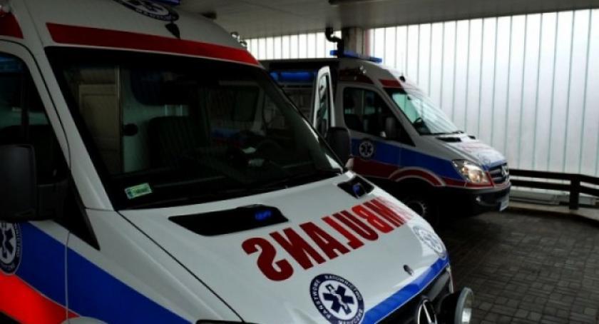 Wypadki, Stara Kiszewa chciał uderzyć ciężarówkę potrącił latkę - zdjęcie, fotografia
