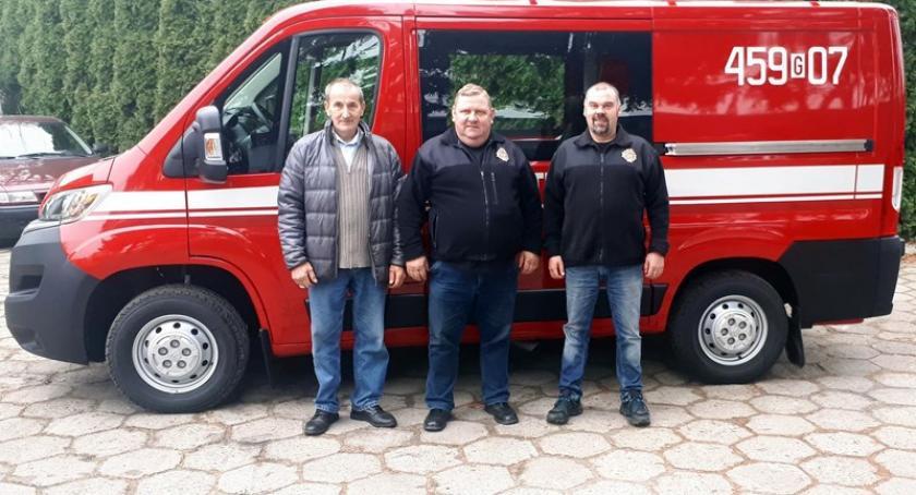 Straż pożarna, drodze Karczma - zdjęcie, fotografia