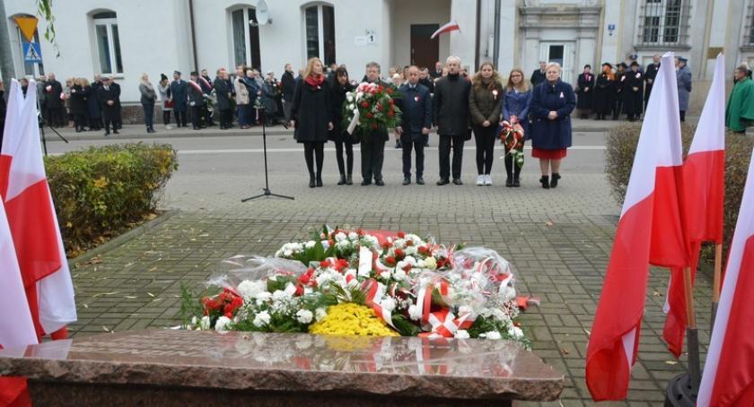 Uroczystości patriotyczne, Powiatowe Obchody lecia odzyskania przez Polskę niepodległości - zdjęcie, fotografia