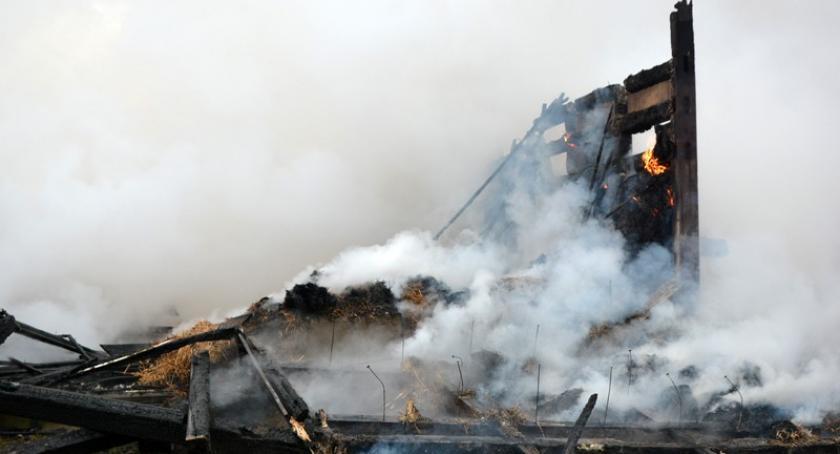 Pożary, Lubań Spłonął budynek mieszkalny - zdjęcie, fotografia