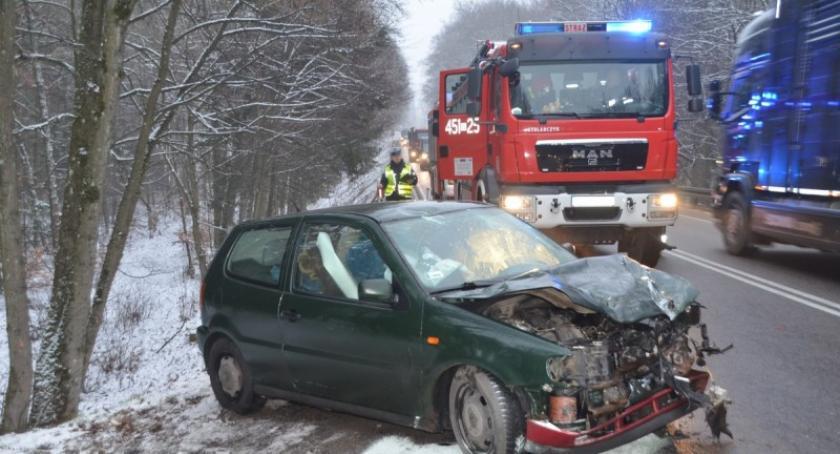 Wypadki, Kościerzyna najechał ciężarówki - zdjęcie, fotografia