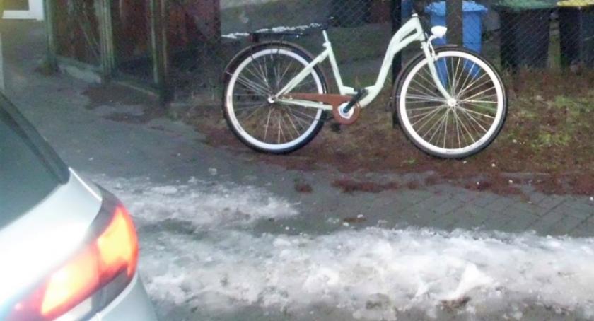 Wypadki, Karsin Wymusił pierwszeństwo potrącił rowerzystkę - zdjęcie, fotografia