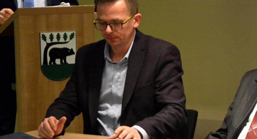Wieści z samorządów, Kościerzyna Krzysztof Jaroniec oddał mandat radnego - zdjęcie, fotografia
