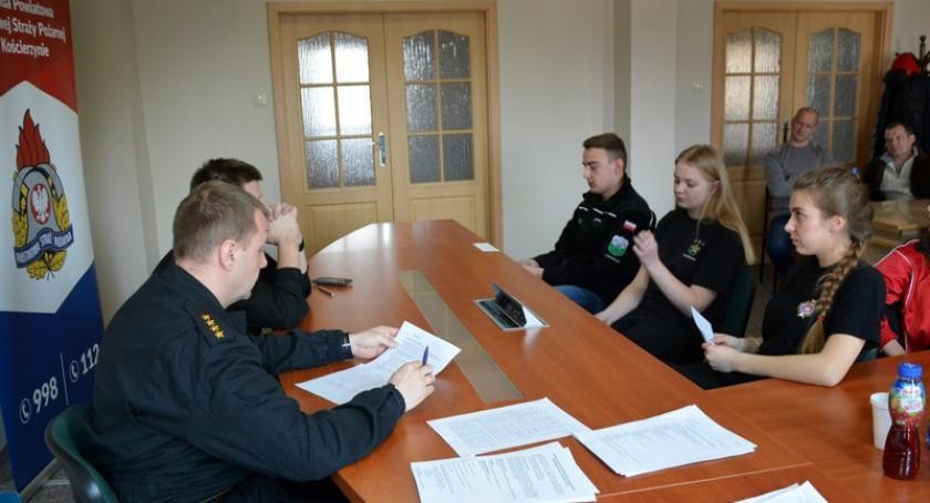 Straż pożarna, Kościerzyna Zmagali wiedzą pożarniczą - zdjęcie, fotografia
