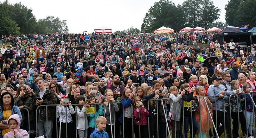 Imprezy, Roksana Węgiel Grzegorz Hyży finał Truskawkobrania - zdjęcie, fotografia
